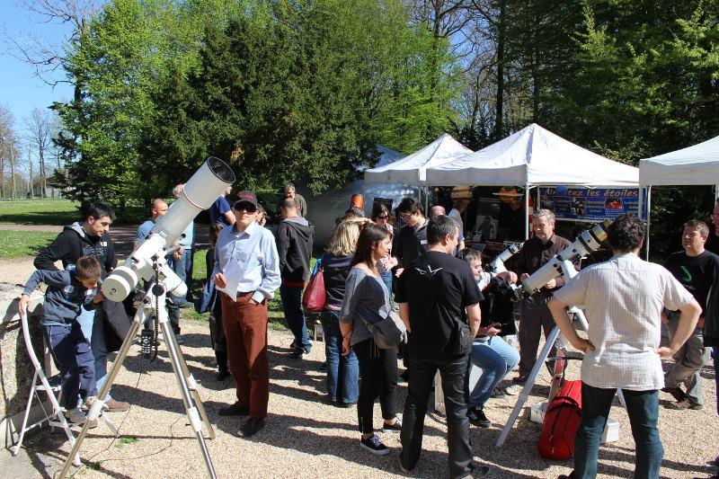 Ambiance à la 8ème Star Party de Triel-Sur-Seine le 05/04/2014