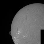 Mosaïque de 2 images en H-alpha le 22/04/2015 à 14:05 TU (Bois-Colombes)